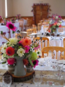 gorgeous table flowers